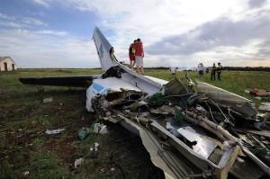 pc-140715-ukraine-jet-7a_5d95e13daa2897f26e39aa91ec51c7dc.nbcnews-ux-1360-900